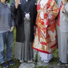 結婚記念の家族写真