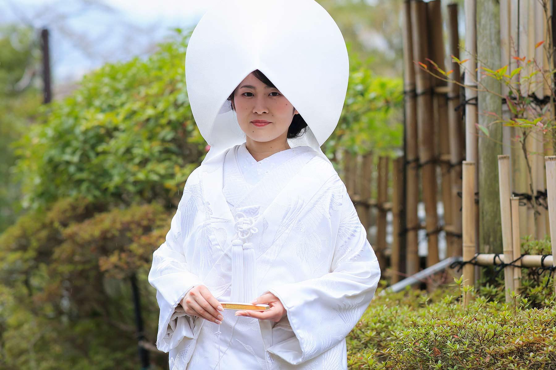 白無垢綿帽子姿の花嫁様のシングルカット