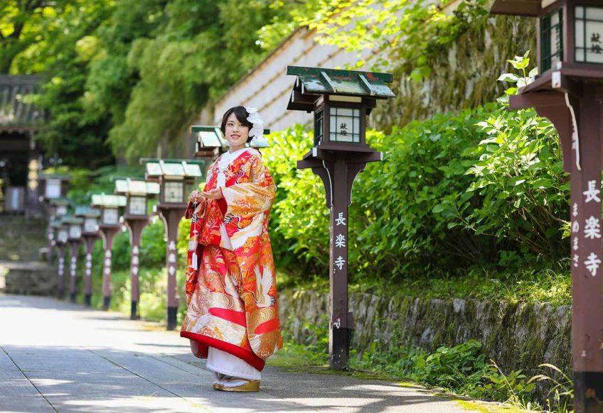 長楽寺参道にて(季節:夏)