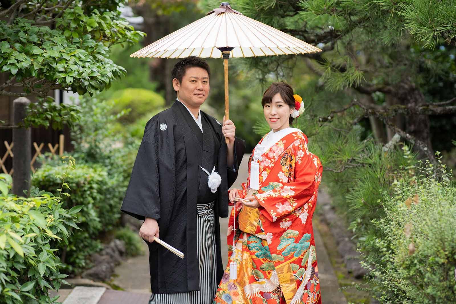 9月のお寺での結婚写真