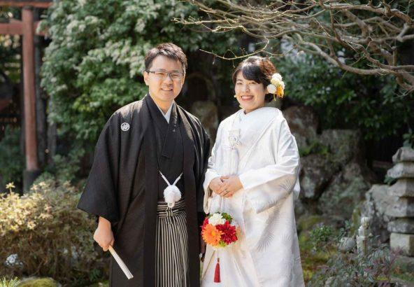 お寺のお庭での前撮り写真