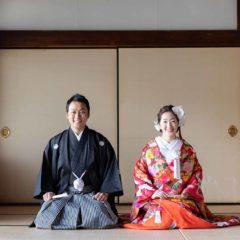 お寺の和室での正座のお写真