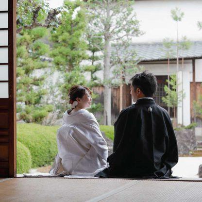 新婚旅行の合間に京都で結婚写真