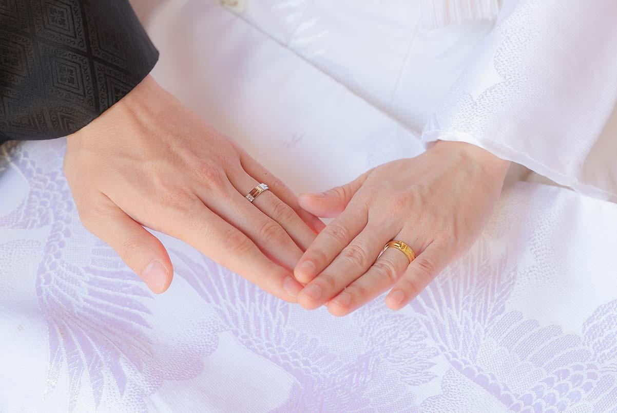 金の結婚指輪のお写真