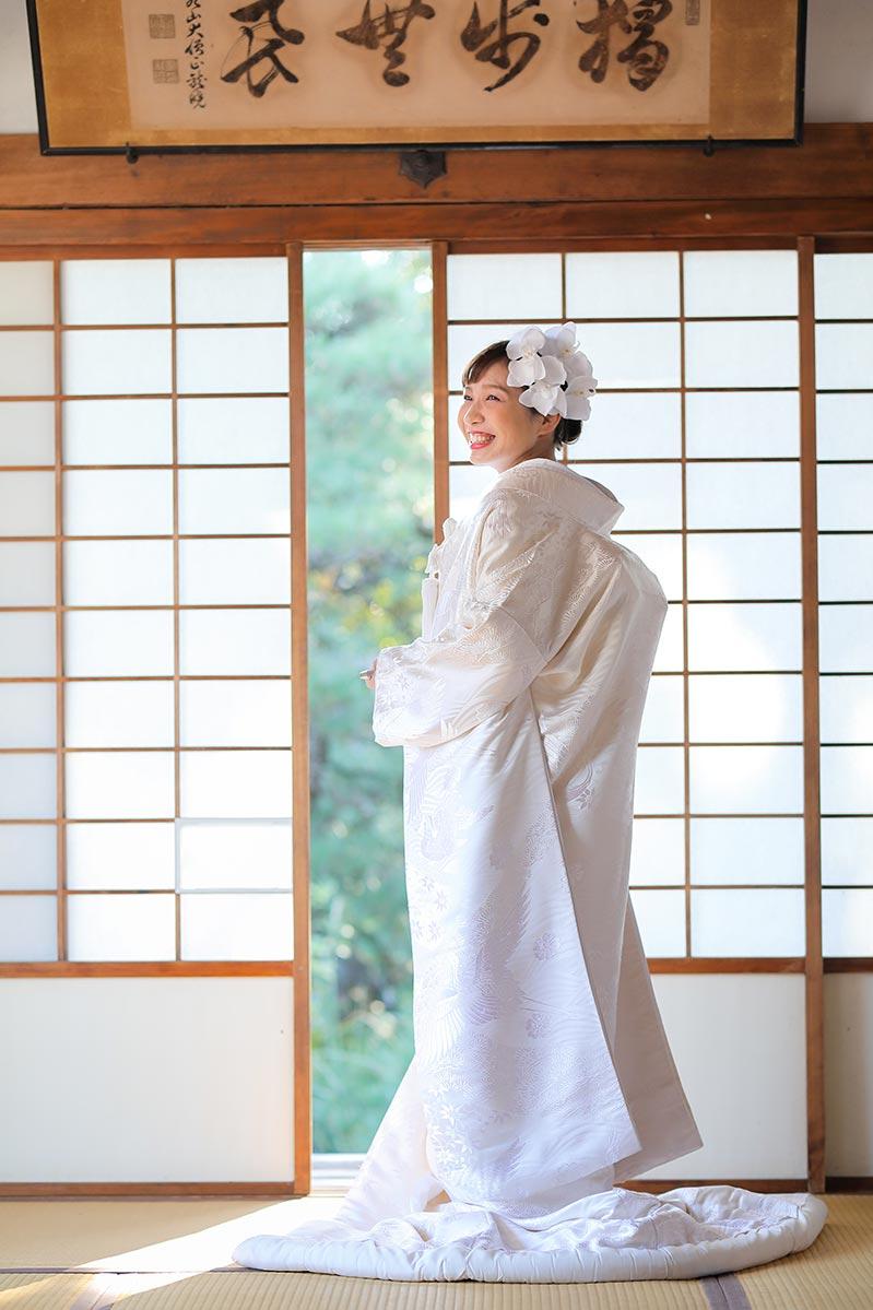 白無垢1.鶴と松