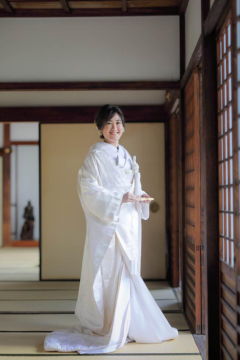 白無垢9.鶴と菊