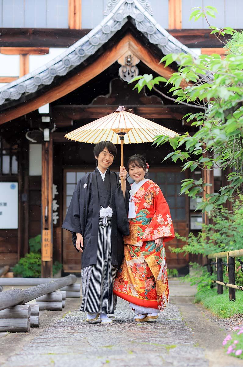 京都で前撮りの雨のお写真イメージ