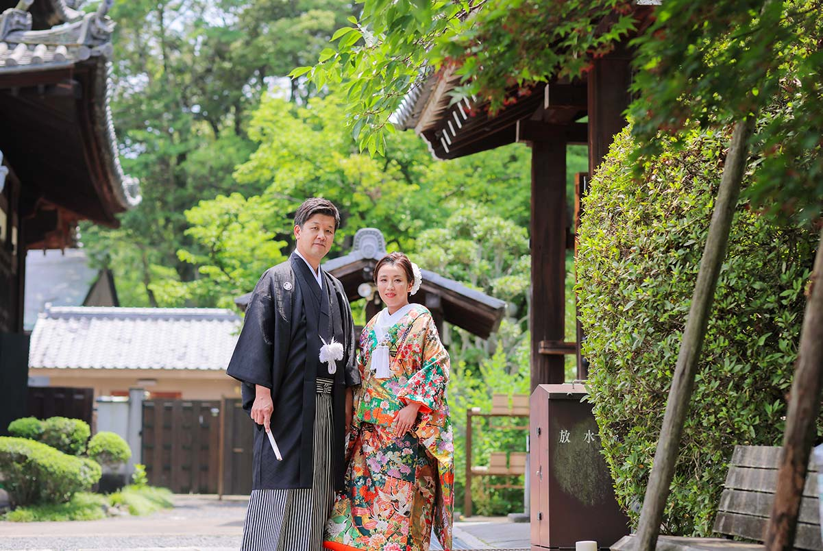 戒光寺境内での夏の和装結婚写真