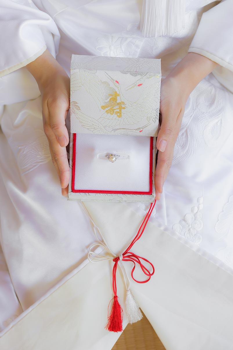 お母様からの結婚指輪