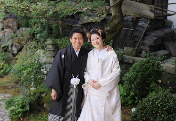 白無垢&新日本髪で笑顔の新郎新婦様